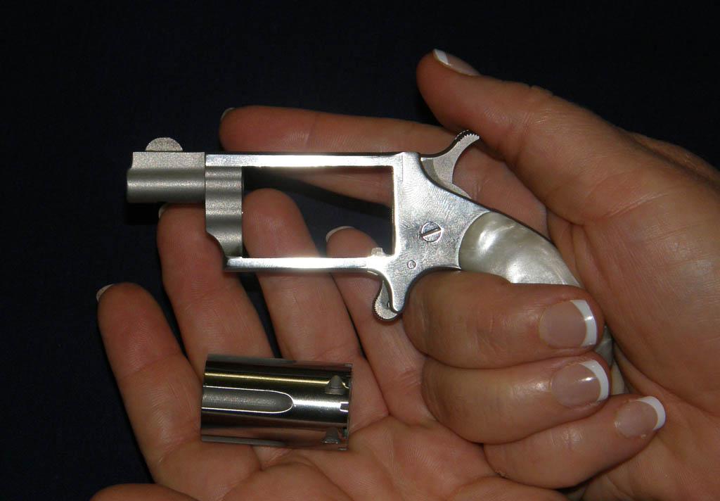 revolver cylinder removed